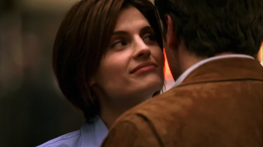 does castle hook up with beckett An embarrassment of bitches  castle and beckett take join custody of the only witness,  we were gonna take your ferrari and hook up with some boys we met on.